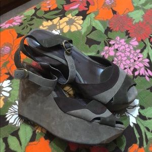 Chinese laundry getaway suede platforms